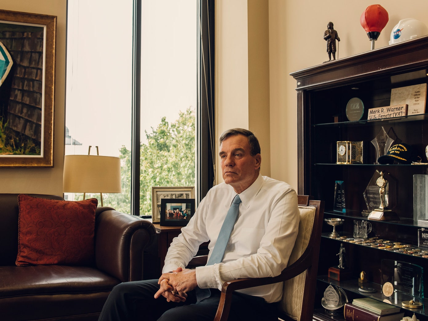Mark R. Warner Phone Number, Email, Fan Mail, Address, Biography, Agent, Manager, Mailing address, Contact Info, Mailing Addresses